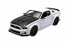 Maisto 31506W. Coche de colección. Ford Mustang Street Racer 2014. Escala 1/24