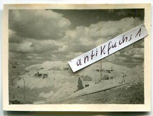 Foto : WH-Front-Stellungen mit Erdbunkern in der Kalmückensteppe im 2.WK