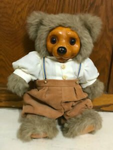 Vintage Robert Raikes Alec 1992 Bear Limited Edition 3825 / 7500  with clothes