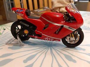 Moto ALTAYA 1/12 No minichamps Ducati Stoner 2007