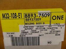 1999 2000 Chevy Silverado 1500 2500 LS LT Left Body Side Molding OEM 88937509