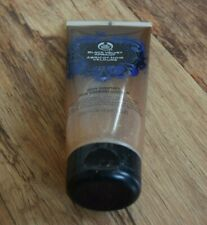 The Body Shop Black Velvet Apricot DISCONTINUED Smoother Scrub Exfoliator 200ml