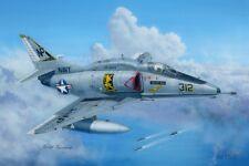 1/48 A-4F Kit Modelo Sky Hawk por Hobby Boss ~ 81765