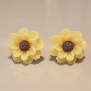 resin yellow sunflower flower stud earrings 17mm silver
