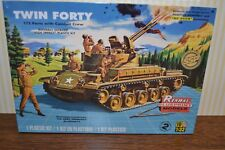 Renwal Blueprint models by REVELL TWIN Forty TANK U.S. ARMY 1:32 NUOVO & OVP