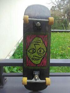 skateboard vintage /VISION Original 1991/ Double vision Large Goofy face.