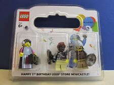 lego minifigure NEWCASTLE STORE 1st BIRTHDAY SET rarer than mr gold  362/500