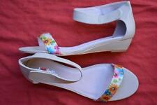 I Love Billy BEIGE Floral LEATHER-LOOK Sandals Women Size 9.5-41/EUR MELLA STYLE