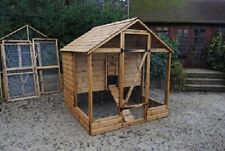 Blenheim Poultry Hen Coop House Deluxe Range Up 12 Hens - British Built