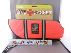REDUCED❗OUTWARD HOUND DOG LIFE JACKET. SIZE MD (30 - 55 lbs) . NEW WITH TAG.