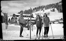 Hiver Ski skieurs sport homme femmes - négatif photo ancien an. 1950 negative