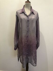 NWOT DISCOVERY MULTIPURPOSE COVER UP SIZE 18 L/SLEEVES With Diamonties