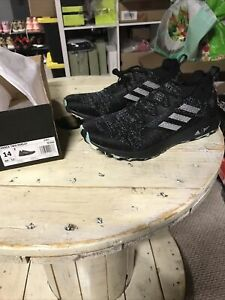 Adidas Pareley Terrex $150 Men's size 14 Black Hiking