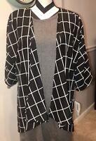 NWT LuLaRoe LINDSAY Kimono Open Geometric Black & White Size Small