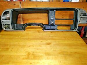 98 Chevy Silverado Dash Bezel Trim fits Tach Gmc 1500 2500 SS Vortec 350 454 Z71