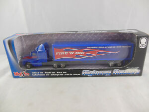 "Maisto Highway Haulers ""Fire 'N Ice"" Tractor Trailer  Scale 1:87"
