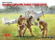 GERMAN LUFTWAFFE CADETS 1939-45 (PILOT & GROUND CREW) #32103 1/32 ICM