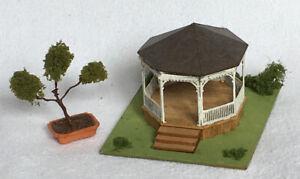 Dollhouse 144 Scale Gazebo with Foliage