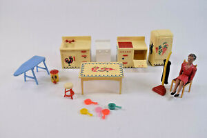 Vintage Renewal Product Dollhouse Kitchen Lot of 16