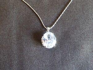 Beautiful Large Polished Diamond Cut Crystal Necklace 47cm