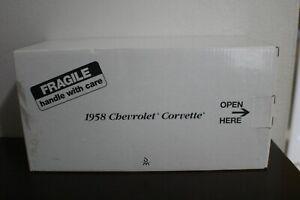 """Vintage The Danbury Mint 1958 Chevrolet """"Corvette"""" 1:24 Die-Cast Replica"""