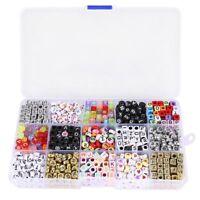 Juego de 1100 Cunetas de letras alfabeto para pulsera trenzada con caja de R1F2