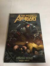 The Mighty Avengers  Vol 2 Venom Bomb Nm Hc Collects 7-11 TPB