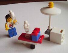 LEGO Minifigura Con Donna Gelato Sundae carrello Ombrello e freezer 2008 Avvento