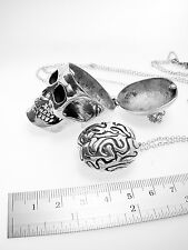 Skull with brain pendant in white bronze and oxidized antique color