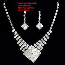 Lucite Alloy Beauty Costume Necklaces & Pendants