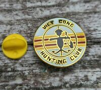 Vintage US Military Vietnam Viet Cong Hunting Club Gold Tone Lapel Hat Pin