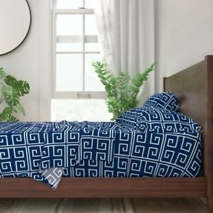 Greek Key Geometric Lines Maze Modern 100% Cotton Sateen Sheet Set by Roostery