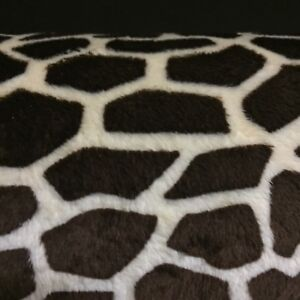 """2 YARDS 60"""" WIDE SOFT MINKY CHENILLE GIRAFFE FABRIC GREAT FOR BLANKETS & PILLOWS"""