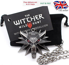 Witcher 3 Necklace Medallion Geralt Wolf Pendant + Chain, Card and Gift Bag UK