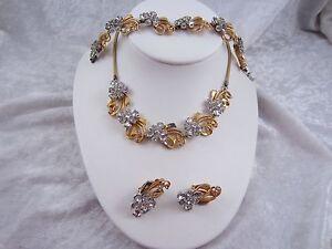 Pennino Jewelry Necklace, Bracelet, Earring Set