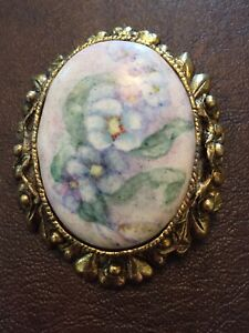 Vintage Floral Cabochon Style Brooch/Pendant LOT A