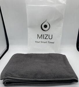 Mizu Unisex Color Changing Smart Bath Towel Grey