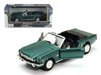 1964 1/2 Ford Mustang Convertible Green 1:24 Diecast Model - 73212grn