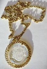 collier pendentif couleur or vintage chaine pendentif verre gravé scorpion 5306