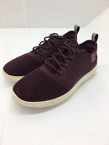 Under Armour Charged 24/7 Low Suede  Womens Sneakers Maroon size 7.5