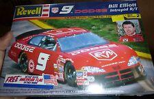 REVELL BILL ELLIOTT DODGE INTREPID #9 1/24 MODEL CAR MOUNTAIN FS