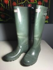 Hunter Womens Green Gloss Rubber Rain BOOTS Original size 8 See Description