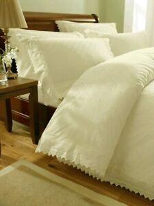 Broiderie Balmoral Duvet Set, cotton blend, cream, Double Bed. Machine Washable