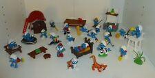 Village des Schtroumpfs => 22 figurines, maison, et accessoires (smurf) TBE