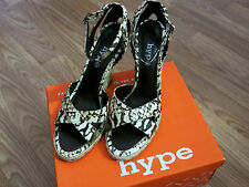 HYPE WOMEN'S WEDGE HEEL ~ BECKA ~ SIZE 7 1/2M ~ GREAT CONDITION