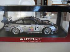 1:18 AutoArt 2005 Porsche 911 (996) GT3 RSR #71 Alex Job NY Yankees