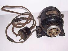 Alter Elektro Motor Antrieb E-Motor Dynamo PM1/10 110 Volt 0,40 Ampere 4000 Umdr