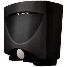 Maxsa Innovations 40342 Battery-Powered Motion-Activated Outdoor Night Light Blk