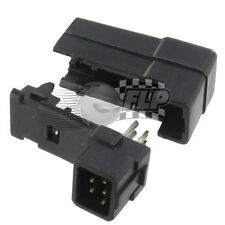 Quantum Futaba Style Square Plug Q-C-0061