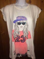T-shirts Size 15-16 Yrs 2 Piece Free Spirit Logos White & Grey Back Split New